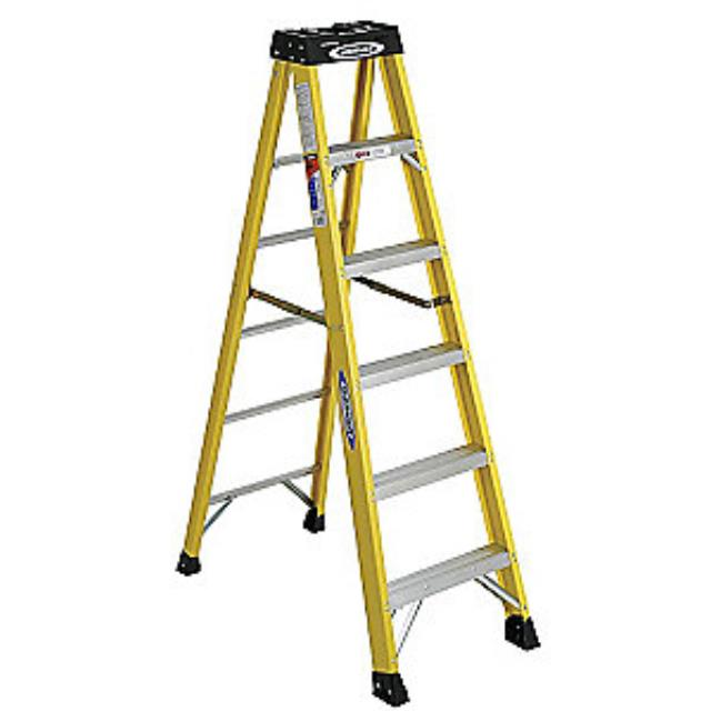 Where to find 8  STEP LADDER in Bath